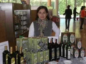 Olivenölstand mit Alexandra